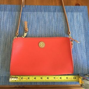 💯AUTHENTIC Tory Burch Crossbody